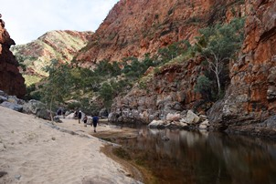 6 Day Larapinta Trail Trek